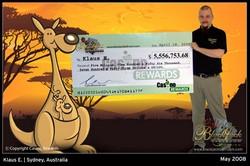 Klaus E. retire son chèque de 5,5 millions de dollars à Sydney